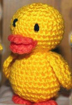 Velikonoční kačenka - Ruční práce - celý návod - MojeDílo.cz Easter Crochet, Tweety, Barbie, Aba, Crocheting, Character, Amigurumi, Crochet Chicken, Easter Activities
