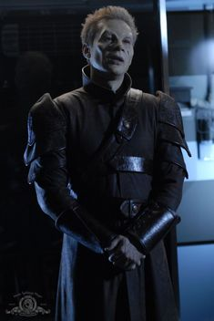 SGA Pictures — Stargate Atlantis 03x01: No Man's Land.