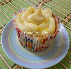 Danni e Lype: Cupcake de Limão Siciliano Com Farofa Doce