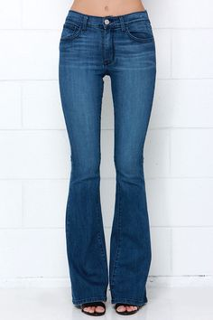 ded01fdb768 Friends Flare-ever Medium Wash High-Waisted Flare Jeans at Lulus.com!