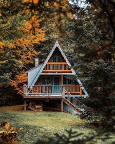 23 dreamy A-frame cabins we love - A-frames we love: 23 cabins you wish you owned – Curbed Informations About 23 dreamy A-frame cabin - Cabin Homes, Log Homes, Haus Am See, Cabin In The Woods, Cabins And Cottages, Log Cabins, Glamping, My Dream Home, Future House