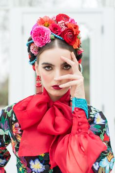Inspired by Frida Kahlo colourful floral wedding editorial, dress by Joanne Fleming Design, photo by Roberta Facchini Floral Hair, Floral Crown, Frida Kahlo Wedding, Mexican Fashion, Best Wedding Makeup, Strictly Weddings, Mexican Dresses, Floral Jacket, Floral Headpiece