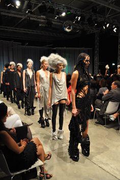 http://brankopopovic.blogspot.nl/2012/09/barbara-i-gongini-at-cologne-catwalk.html