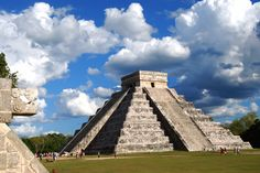 Viajar por el Mundo Maya: Chichén Itzá - http://revista.pricetravel.com.mx/viajes/2015/07/20/viajar-por-el-mundo-maya-chichen-itza/
