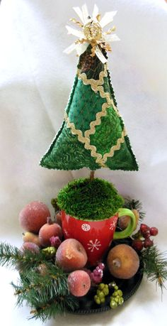 Quilted Christmas Tree Centerpiece  Pin Cushion by QuiltingFrenzy