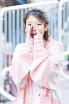 Iu 😆😘😍 saranghae..... :') Korean Actresses, Korean Actors, Iu Fashion, Korean Fashion, Korean Girl, Asian Girl, Korean Celebrities, K Idols, Korean Singer