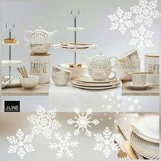 Už je tu zima#TOUCH OF GOLD💛vianoce#Stolujte s eleganciou#🎄🎁🎄#zima#zlatá#biela#👑🌟👑#elegantne krásna#doplnky #keramika#sklo#kov#trblietky#l#Winter# #colours#winterdecor#🎄🎄🎄## white#whitechristmas#❄❄❄#white#gold#👑🌟👑# #yourhome#jolipa#jline#design##jolipadecor#coloursofwinter#Bratislava#accesory#home#@a.keramika.cersa