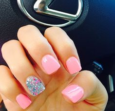 totally obsessed with these adorable nails!
