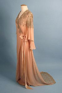 Silk & Lace Peignoir, 1930s  Session 2 - Lot  837 - $950