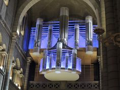 Orgues de Thomas (Belgium), Saint Nicholas Cathedral, Monaco; 2010, IV/79 (integrated LED lighting offers additional hues)