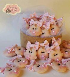 Baby Shower Pin, Felt Ornaments Patterns, Baby Shawer, Cold Porcelain, Felt Crafts, Fondant, Baby Dolls, Hello Kitty, Applique