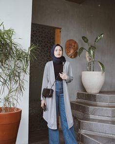 Hijab Style Dress, Modest Fashion Hijab, Casual Hijab Outfit, Ootd Hijab, Hijab Chic, Style Hijab Simple, Hijab Fashion Inspiration, Style Inspiration, Hijab Fashionista