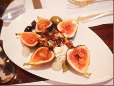 Salad: Figs,  Goats Cheese,  Waxed Honey,  Walnuts and Olives. Photo by HK Epicurus