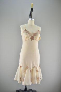 267678cd1974d 12 Best Vintage Carnival images | Vintage Carnival, Dresses, Autumn ...