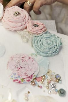 fabric flowers - will make using fabric from my Mom's wedding dress :)