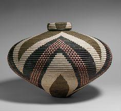 South African folk art of basket making