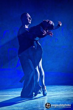Another stunning shot of the fabulous partnership of Maurizio and Andra.