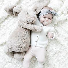 "тαиʝα мαdєℓєιиє on Instagram: ""♡ _________________________ #justbaby #baby #babygirl #kidsfashionforall #babyfashion #jellycat #littleshabbyy #ministil #newbielovers #juliedausell #love"""
