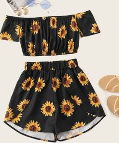 Black Floral Print Crop Top With Shorts Source by cutespree outfit Cute Lazy Outfits, Teenage Girl Outfits, Crop Top Outfits, Girls Fashion Clothes, Teen Fashion Outfits, Cute Fashion, Outfits For Teens, Pretty Outfits, Stylish Outfits