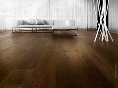 parkettmanufaktur by HARO. Enjoy the luxury of true values. Excellent wood quality and fine workmanship create floor masterpieces that speak of a unique style of living.