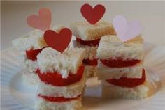Kidsproof Den Bosch - Verras je vader of moeder op #Valentijnsdag met <3 brood! mmmm