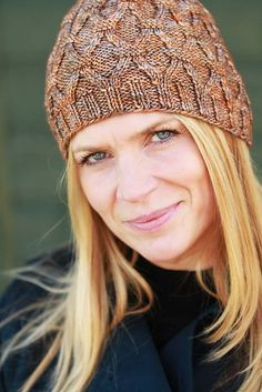 Ravelry: Allotrope Hat pattern by Kimberly Voisin