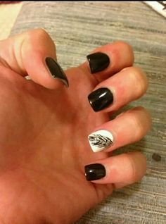 Might be my next mani!!