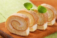 brazo gitano limon Pan Dulce, Snack Recipes, Snacks, Cooking Chef, Cheese Bread, Healthy Desserts, Sweet Tooth, Bakery, Sweet Treats
