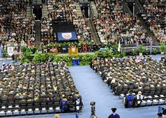 You did it, University of Richmond grads! Head over to gradimages.com and take a look at your pics from the ceremony!
