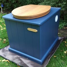 Eco-Loo Divert 20 - urine separating dry compost toilet - The Little House Company