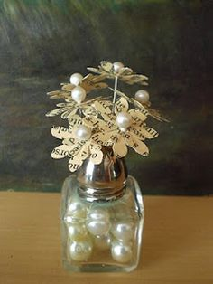 paper flowers in salt n pepper