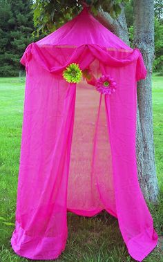 How to make a Hula Hoop Tent For A Reading Nook In A Child's Room.