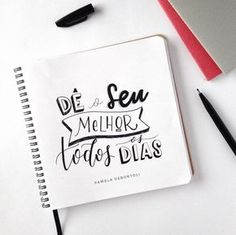 Dê o seu melhor todos os dias! #handmade #lettering #handlettering #dailylettering #quotes #inspirationalquote #frasesmotivadoras #frasesmotivacionais #letteringbrasil @ciceropapelaria #arte #art #handletteringbrasil #handletteringbr Brush Lettering, Lettering Design, Bullet Journal 2019, Go For It, Motivational Phrases, Lettering Tutorial, Calligraphy Letters, Words Quotes, Inspire Me