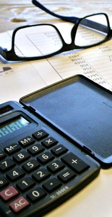 Cum sa alegi o firma contabilitate Arad? Sau, mai concret de ce sa apelezi la o firma si nu la un contabil autorizat?  Cu siguranta in momentul in care ati inceput o afacere noua sau ati ajuns intr-un punct cu afacerea dumneavoastra in care dezvoltarea este urmatorul pas logic pe care trebuie sa il faceti, este momentul sa decideti daca sa alegeti o firma contabilitate Arad sau un contabil autorizat cu...  http://scriuceva.ro/cum-sa-alegi-o-firma-contabilitate-arad-sa