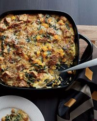 Butternut Squash and Kale Strata with Multigrain Bread Recipe on Food & Wine. Want to make this for hosted brunch but w/ gluten free bread so everyone can enjoy! Best Brunch Recipes, Great Recipes, Favorite Recipes, Breakfast And Brunch, Breakfast Strata, Brunch Food, Vegetarian Breakfast, Brunch Ideas, Kale Recipes