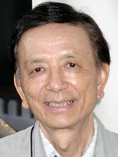 James Hong -  (1929) is an American actor and director and former president of the Association of Asian/Pacific American Artists (AAPAA). A prolific acting veteran, Hong's career spans more than 50 years and includes more than 500 roles in film, television, and video games.