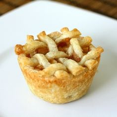 Looking to scale back your pies?  Try these mini caramel apple pies baked in muffin tins!
