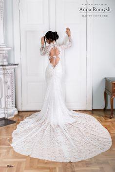 Anna Romysh Haute Couture – Diam dress   #AnnaRomyshHauteCouture #hautecouture #backdress #bride #train #lace #lacedress #wedding #weddingdress #PannaMłoda #suknieślubne #ślub