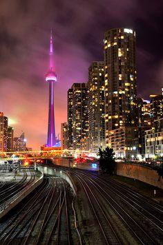 travelingcolors : CN Tower, Toronto   Canada (por Rajesh Bhattacharjee )