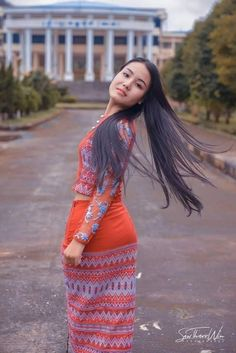 Myanmar Traditional Dress, Traditional Dresses, Beautiful Asian Women, Beautiful Celebrities, Burmese Girls, Myanmar Women, Asian Woman, Asian Beauty, Girls Dresses