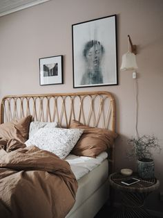 pink tan white tonal bedroom A mix of mid-century modern bohemian and industrial interior style. Home and apartment decor decoration ideas hom Interior Ikea, Estilo Interior, Home Interior, Decor Interior Design, Modern Interior, Dusty Pink Bedroom, Pink Bedroom Walls, Bedroom Brown, Light Pink Bedrooms