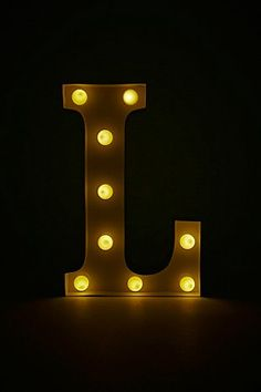L marquee lamp.