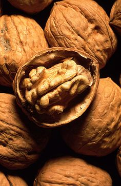 Walnuts contain a number of compounds with anti-tumor effects. One of these, ellagic acid, has been shown to inhibit colon cancer cell proliferation and angiogenesis in a number of laboratory studies.  Flaxseed oil has a similar effect as walnuts on tumor growth, but doesn not suppress angiogenesis to the same degree.