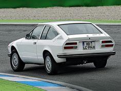 Alfa Romeo Alfetta GT by Italdesign (1974)
