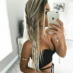 """17.2k Likes, 85 Comments - 💋SELFIE GAME💋 (@selfieoutlook) on Instagram: """"Beautiful 😍! YES?  Tag your besties  #selfieoutlook • • • #fashion #fashionista #streetstyle…"""""""