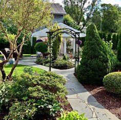 Sidewalk, Home Decor, Decoration Home, Room Decor, Sidewalks, Interior Design, Home Interiors, Pavement, Walkways