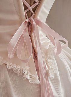 70 trendy Ideas for dress silk marie antoinette Princesa Clash Royale, Goa Style, Lace Bridal, Hip Hop, Princess Aesthetic, Royal Jewelry, Quinceanera Dresses, The Dress, Ideias Fashion