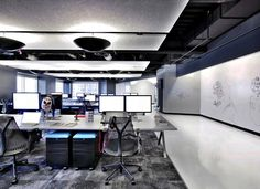 Geweldig open kantoor van Kixeye http://www.kantoorruimtevinden.nl/blog/open-kantoren-zijn-geweldig-ontdek-hier-waarom/
