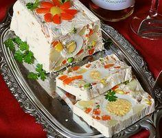 madjarski rolat sa povrcem i jajima Appetizer Recipes, Dessert Recipes, Appetizers, Desserts, Food Design, Mayonnaise, Baking Bad, Torte Cake, Gelatine