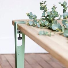 Chuffed to have our table legs through the post today, fresh green from bonnie Pari ✨ - - - - - - Diy Furniture Table, Diy Table, Unique Furniture, Bespoke Furniture, Bureau Design, Surf Coffee, Solid Oak Coffee Table, Dining Table Height, Modular Table